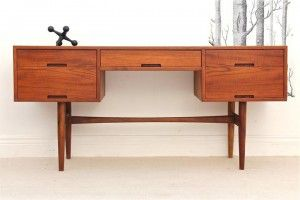 Hayson console in Queensland Teak, designed by Cliff Hayton, c.1960's.